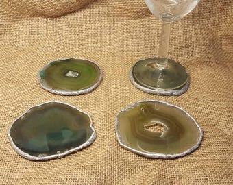 Green agate coasters. Set of 4. Silver Agate drinks coasters. House warming gift. Reiki stone. Home decor. Hand painted Agate geode coasters