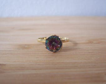 Dainty Vintage Natural Mystic Topaz Solitaire Ring in Yellow Gold