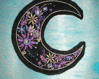 Embroidered Patch / applique - lunar bloom floral moon - sew or glue on