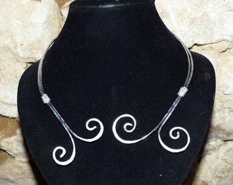 fine necklace of hammered aluminum