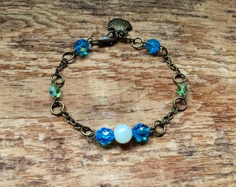Gift for her bracelet, jade bracelet, crystal bracelet, boho chic bracelet, delicate jewellery, dainty bracelet