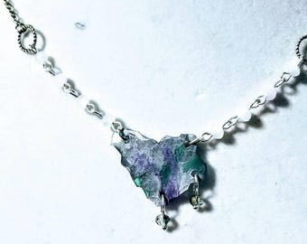 Faux Glass Statement Necklace - Iceland