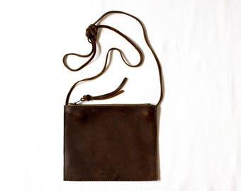 Flat Pouch Cross Body - Henna Brown Leather