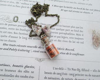 """Drink Me"" vial necklace orange"