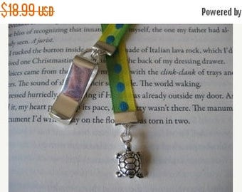 ON SALE Turtle bookmark / Cute Bookmark - Attach clip to book cover then mark the page with the ribbon. Never lose your bookmark!