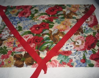 Glorious Floral Fabric Gardening Apron with Double Pocket