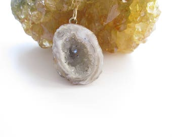 Natural Geode Necklace, Gray and White Agate Geode, Druzy Necklace, Raw and Natural, Crystals