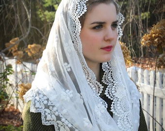 Evintage Veils~ Elegant Soft Our Lady of Consolation  Lace Chapel Veil Mantilla Infinity Latin Mass
