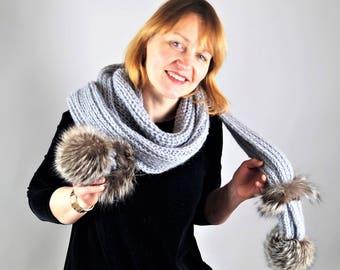 One Of a Kind Scarf, Winter Scarf,Grey Scarf,Fur Pom Pom ,Hand Knitted Scarf,Natural Fur,Wool Scarf,Winter Scarves,Handmade Scarf