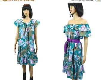 40%Sale Vintage Hawaiian Dress/ Off Shoulder Hippie Dress / 70's Floral Ruffle / Tropical Clothing/ Resortwear/ Midi Dress Made in Hawaii/ S