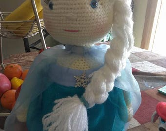 Elsa Amigurumi Doll