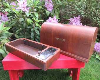 Vintage Singer Sewing Machine Bentwood Dome Wood Case for Model 15-91 and Others