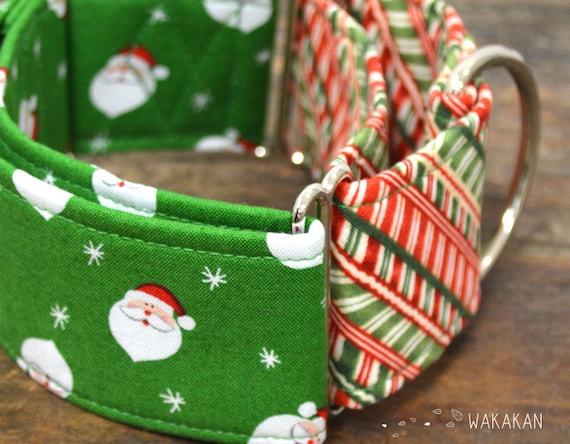 Martingale dog collar model Santa's. Adjustable and handmade with 100% cotton fabric. Xmas style, winter, Santa Claus Wakakan