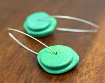 Green Howlite Double Discs on Silver
