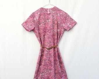 SALE Vintage womens dress / Womens floral dress / Ladies day dress / Womens 1960s FLORAL Shift dress  Long dress Oversized dress