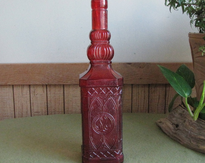 Red Bottle Old Bottles and Jars Vases Bud Vase Vintage Home or Bar Décor Florist Ware