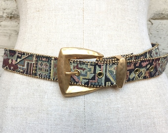 Vintage Women 1-inch Multicolor Tapestry Belt with Gold-Tone Buckle, Size Medium
