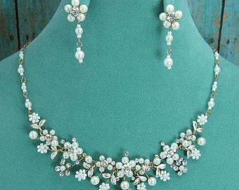 SALE Ends Monday Gold Pearl Jewelry Set, Crystal Pearl Wedding Necklace Set, bridal jewelry set, wedding jewelry set, bridesmaid jewelry set