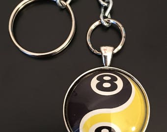 Key Chain - 8/9 Yin Yang Image under glass dome.