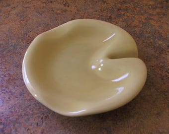 Vintage 1950s Russel Wright Sterling China Straw Yellow Ashtray