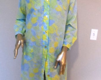 40% OFF Vintage 1960's Yellow & Green Day Dress/Housecoat* Size 14 . Buttons Down Front . Bow at Neck . Pocket . Pocket . BEELINE FASHIONS