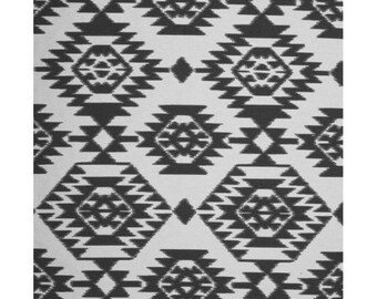 Woven jacquard white and black 160gr M2 150 cm wide, solid and DECO