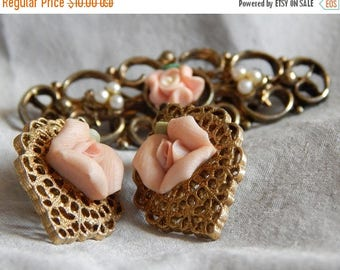 ON SALE: Last Chance - Vintage Brooch and Earrings - Roses and Gold Filigree