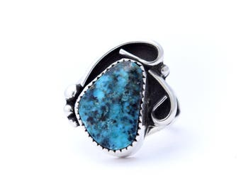 Kingman Turquoise and Sterling Silver Wave Ring : Size 5
