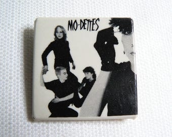 Vintage 80s The Mo-Dettes - British Post Punk - Pin / Button / Badge