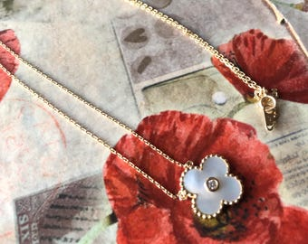 "Beautiful Mother Of Pearl ""VanCleefAprels""-like necklace set in 14 Kt Yellow Gold. Made in Italy."