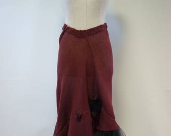 Handmade burgundy linen skirt with tulle and silk roses, M size.