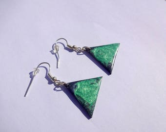 Triangle earrings * emerald green and blue Prism *.
