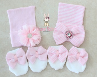TWO Newborn Hats and mittens set . Baby girl. Big Bow newborn baby girl gift set. Baby shower gift .pink and white bows