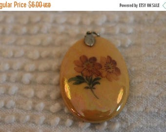 Christmas in July Porcelain Iridescent Painted Pendant with Pink Flowers