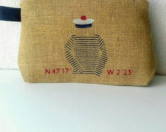 Toilet bag for men made with burlap
