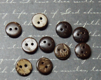 10 round 10mm coconut buttons