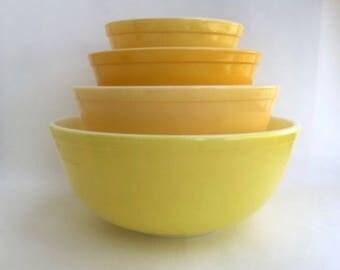 Fantastic Set of Four Nesting Pyrex Yellow Bowls