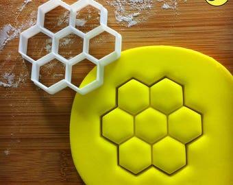 Honeycomb cookie cutter | Honeybee biscuit design | honeybees cookies cutters | bees pollen nectar insect gingerbread craft ooak | Bakerlogy