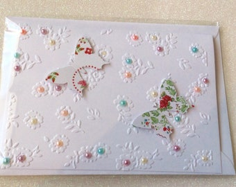 Beautiful 3d butterfly card with pop up wings. Ideal for all occasions.
