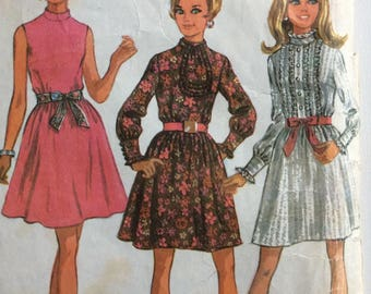 McCall's 9509 junior petite dress size 9 bust 33 vintage 1960's sewing pattern