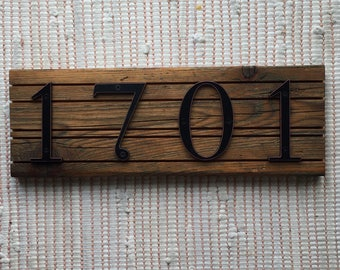HOUSE NUMBERS rustic wood with grooves
