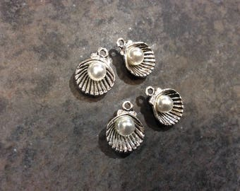 Sea Shell Charms with Pearl accents antique silver finish Package of 4 charms perfect for adjustable bangle bracelets Beach theme charms