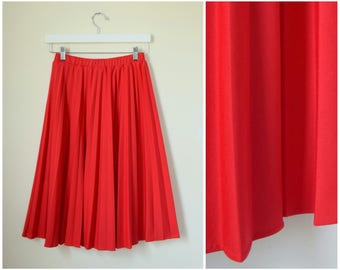 vintage 1970s red pleated circle skirt | large | vint 70s swing skirt | pinup skirt | summer skirt | flared skirt | rockabilly skirt