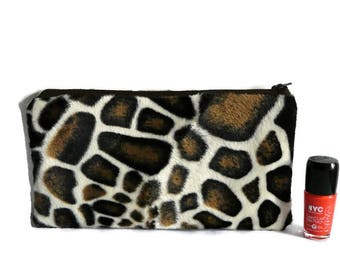 Faux fur cosmetic case, vegan fur pouch, fake fur giraffe, female pouch, cosmetic bag, vegan fur make up bag, pencil case, toiletry storage