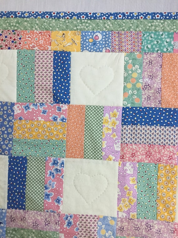 1930's Baby Quilt, Reproduction Lap Quilt, Patchwork Quilt, Quiltsy Handmade