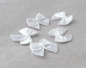 Set of 5 satin bows