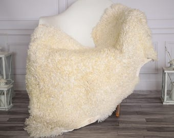Gotland Sheepskin Rug | Curly fur Rug | Curly Sheepskin Rug | Curly Sheepskin | Christmas Decor | GOTNOVHER26