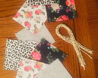 Floral mix gift tags (8)