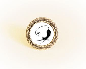 Adjustable silver ring and cabochon black and white cats pattern