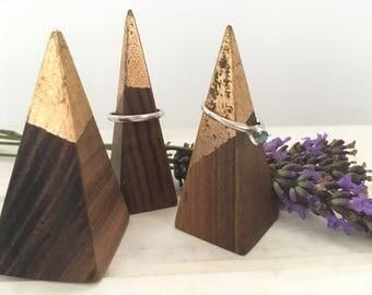 Vannucchi - Walnut and Gold Leaf Ring Pyramid